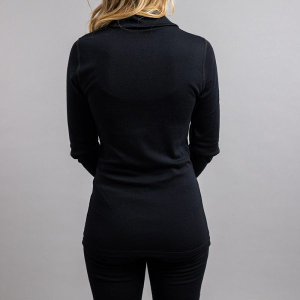 Rearview of a lady wearing black Merino Skins – Unisex Long Sleeve Half Zip Front